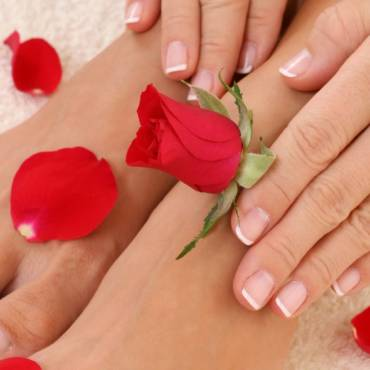 nailsspa-rose1.jpg