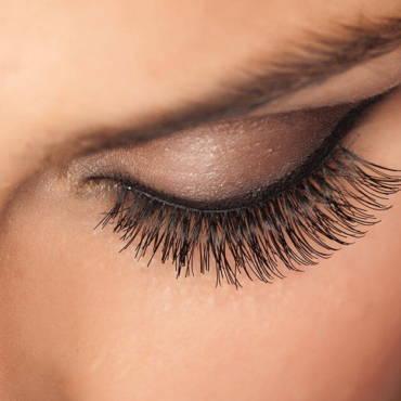 eyelash-extensions-lakeland-e1567655816913-1.jpg